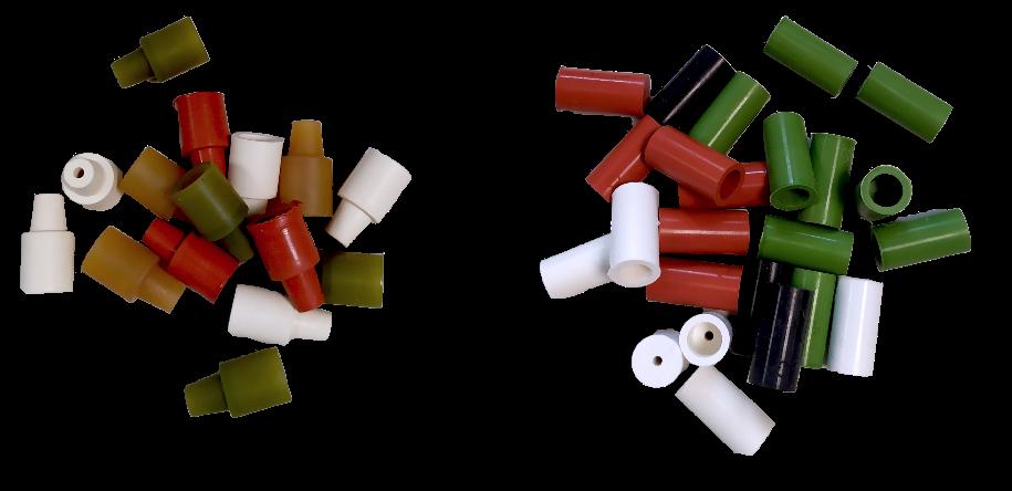 Immagine che contiene tavolo, piccolo, giocattolo, articoli  Descrizione generata automaticamente